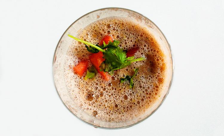 Melonen-Gazpacho ohne Knoblauch im Glas