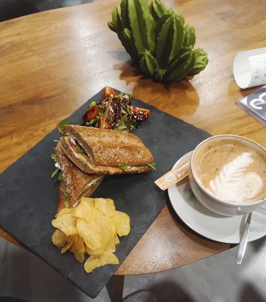 Cafe-Porto-Esquires