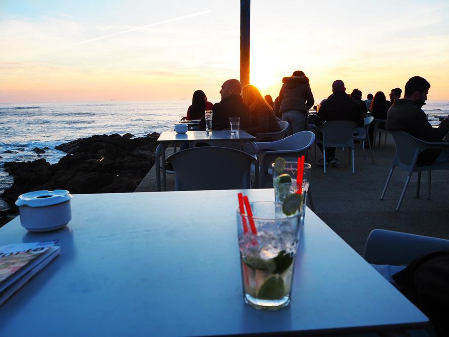 iBar mit Meerblick Atlantik Porto