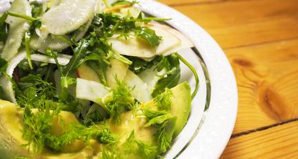 Fenchel-Apfel-Salat mit Rucola
