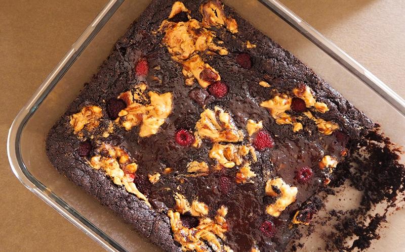 Brownies mit Erdnussbutter und Marmelade