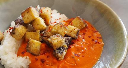 Tofu Butter Chicken (mit knusprigem Tofu aus dem Ofen)