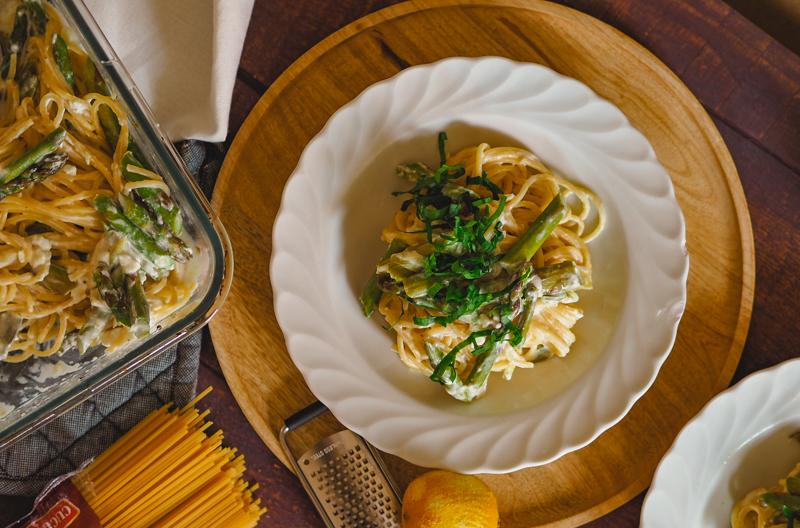pasta aus dem ofen mit feta und spargel